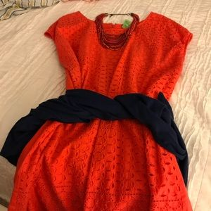 Dresses & Skirts - Gorgeous coral eyelet shift dress